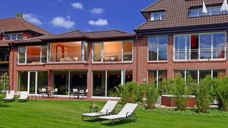 romantik hotel niedersachsen romantik hotel bergstr m l neburg holidaycheck niedersachsen. Black Bedroom Furniture Sets. Home Design Ideas